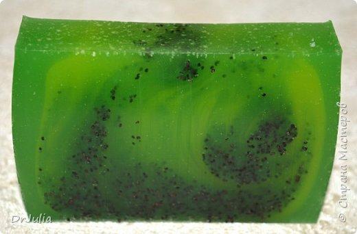 Букет смотрится эффектнее, чем как-либо по другому упакованные брусочки мыла, поэтому продолжаю их делать. фото 25
