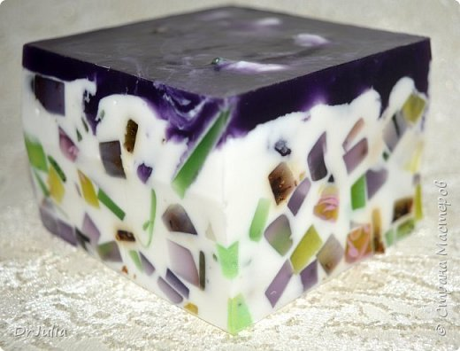 Букет смотрится эффектнее, чем как-либо по другому упакованные брусочки мыла, поэтому продолжаю их делать. фото 42