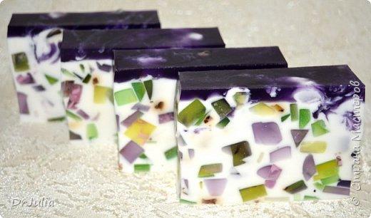 Букет смотрится эффектнее, чем как-либо по другому упакованные брусочки мыла, поэтому продолжаю их делать. фото 43