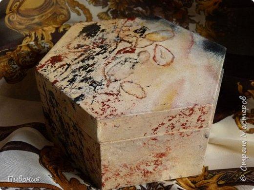 Акриловыми красками изображали камень, в данном случае одну из разновидностей яшмы... фото 2