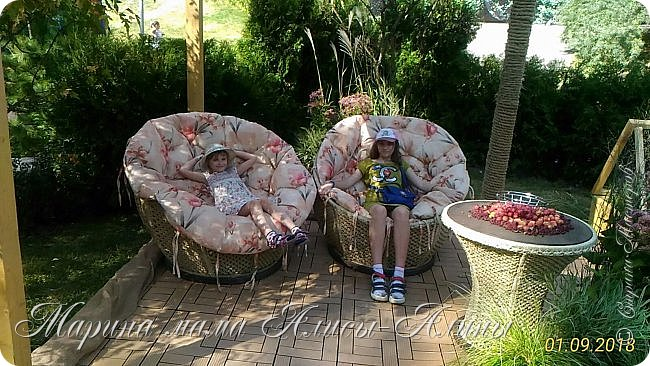 Восьмой международный фестиваль садов и цветов «Город-Сад» прошел в Воронеже с 30 августа по 2 сентября.Мы приехали в парк после первосентябрёвских линеек.  фото 35