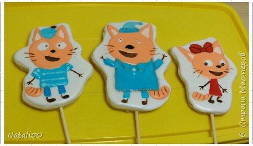 """Доброго всем вечера!! Пытаюсь освоить новую для себя тему.. Учусь печь и расписывать пряники.. Любимый мультик внучки Анютки """" Три кота"""".. фото 1"""