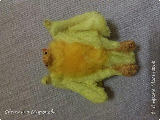 Летучая мышка в смешанной технике фото 3