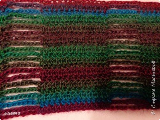Похолодало и связался шарфик цветной, с ажурными листочками.  фото 2