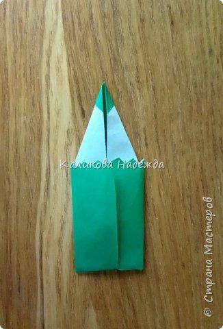 """Спешу поделиться с вами, дорогие мастерицы, открыточками ко Дню учителя, в которых главным действующим """"лицом"""" является карандаш. В первой мини-открытке их три, разного цвета, размера  и преподнесены они как бы в букете, на фоне формул) фото 13"""