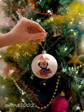 Доброго времени суток! Новогодняя игрушка из фоамирана, изготовлена при помощи молдов. фото 3