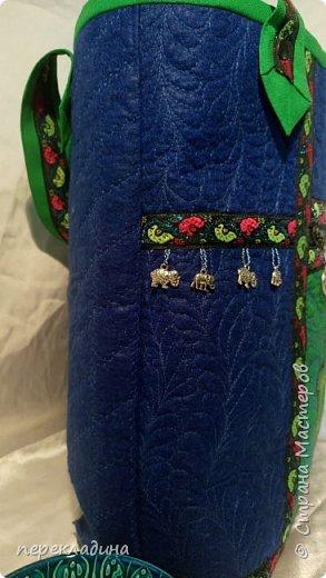 """Сумочка для моей подруги. Сумка сделана в буддийском стиле. Наружный карман  под молнией, украшен изображением """"Ладонь Ханумы"""", это своего рода оберег от сглаза. фото 6"""