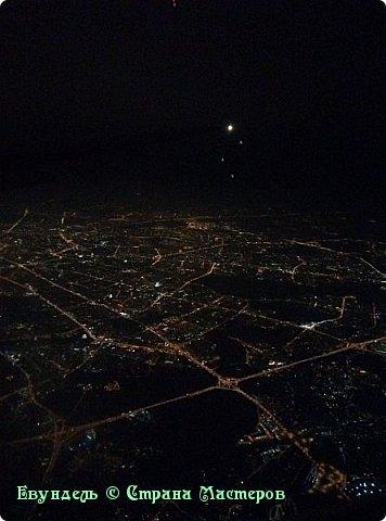 Всем привет! Недавно были в Турции. Мой фоторепортаж на эту тему. На фото можно видеть борт, на котором мы летели туда. Место: Международный аэропорт Шереметьево, терминал F. Время 8:30. фото 20