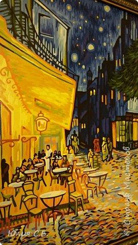 """Репродукция картины Винсента ван Гога """"Ночная терраса кафе"""". Написана им в Арле в 1888 г. Оригинал находится в музее Крёллер-Мюллер в Нидерландах.  фото 5"""