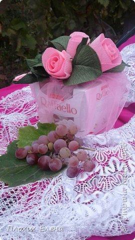 Хотите красиво подарить конфетки! это как вариант. Такие скромные , но надеюсь, приятные поздравления я сделала для наших учителей.  фото 4