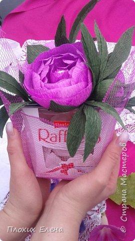 Хотите красиво подарить конфетки! это как вариант. Такие скромные , но надеюсь, приятные поздравления я сделала для наших учителей.  фото 6
