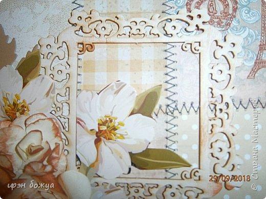 Здравствуйте мастера! Сегодня я с открыткой,которую сделала за 2 часа, используя заготовки. Как-то сшила остатки скрапбумаги в листы формата А5 для фотоальбома. Альбом пока не сложился, а заготовочки идут на открыточки. В этой открытки использовала такие шитые листочки, чипборд в виде рамки, плоские цветочки вырезаны с коробки конфет и объемные цветочки- это самодельные, сделанные с помощью ножа с Алиэкспресс. Надпись -вырубка. В общем подобрала материалы по цветовой гамме и собрала композицию. Открытка получилась нежной. Мне нравиться. фото 5