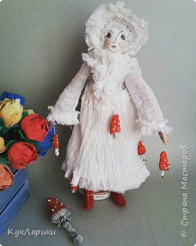 Мухомора.Кукла в технике грунтованный текстиль+декупаж.Только его под одеждой не видно.  фото 1