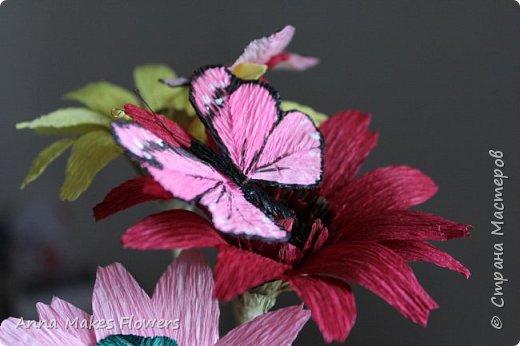 Бабочки из гофрированной бумаги  фото 2