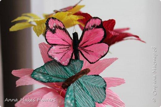 Бабочки из гофрированной бумаги  фото 1