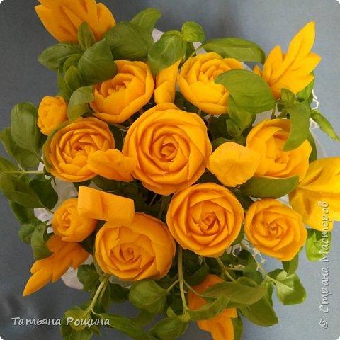 Мой карвинг букет)) цветочки с тыквы)