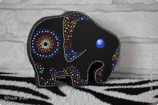 Увидела я как-то на просторах интернета одного очень интересного слоника. Ну а как же.....я ведь тоже такого ХОЧУ )))))) Решила я его смастерить......из картона...  фото 11