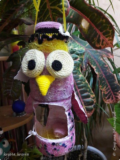 Доброго времени суток! В школе у ребенка стартует конкурс кормушек, по этой причине соорудили этот мини домик) надеюсь,он не отпугнёт птичек,а на оборот послужит им пользой) фото 7