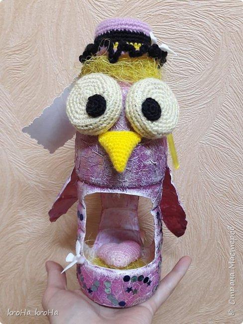 Доброго времени суток! В школе у ребенка стартует конкурс кормушек, по этой причине соорудили этот мини домик) надеюсь,он не отпугнёт птичек,а на оборот послужит им пользой) фото 8
