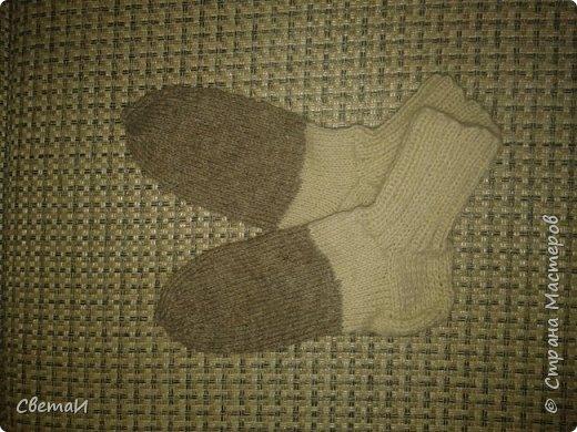 Вот и средина осени! Пора утепляться. Шерстяные носки очень пригодятся зимой. фото 1