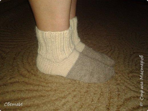 Вот и средина осени! Пора утепляться. Шерстяные носки очень пригодятся зимой. фото 3