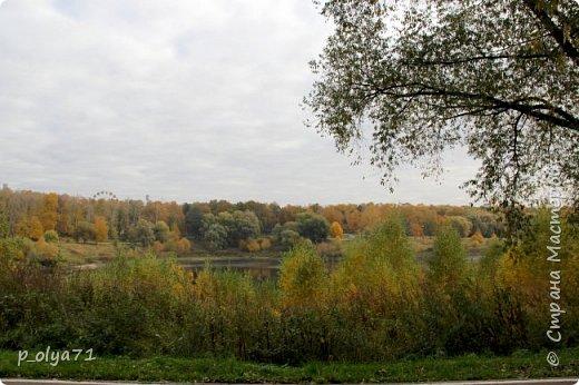 Здравствуйте!!!  Прошла уже половина октября и природа не перестаёт нас радовать своим теплом (сегодня обещали +19,у меня сейчас,в 11часов,показывает +15 в тени))  и красотой!!! фото 67