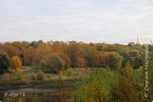Здравствуйте!!!  Прошла уже половина октября и природа не перестаёт нас радовать своим теплом (сегодня обещали +19,у меня сейчас,в 11часов,показывает +15 в тени))  и красотой!!! фото 66