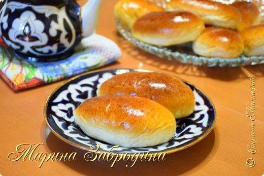 Здравствуйте! Сегодня я к Вам снова с выпечкой. Попробуйте приготовить дрожжевые пирожки с повидлом! Получаются нереально мягкие, очень вкусные, ароматные, воздушные и невесомые. По этому удачному рецепту получится 10 штук. Подписывайтесь на мой канал https://www.youtube.com/channel/UCMqxAmLbMiM8pYuNAJKHqLw?view_as=subscriber    Приготовим еще много рецептов!  Продукты для теста: мука - 310 г дрожжи сухие быстродействующие - 4 г молоко - 160 мл вода - 30 мл соль - 0,5 ч. л сахар - 40 г (примерно 4 ст.л) масло сливочное - 30 г ванильный сахар - 8 г (это 1 пакетик)   Начинка: любое повидло - около 300 г фото 2