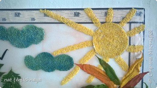 Здравствуйте!!! Ежегодно, в октябре, в нашей школе проводится  Праздник Золотой Осени. И дети с большим удовольствием принимают в нем участие. Готовят костюмы, сценки, поделки из природного материала. фото 17