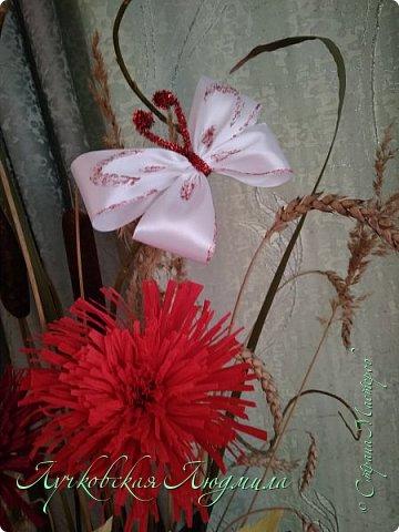 Осенняя композиция из Астрахани и подсолнухов для украшения музыкального зала  фото 5
