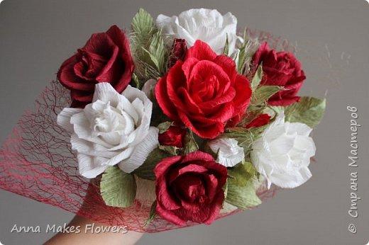 Букет роз из гофрированной бумаги  фото 1