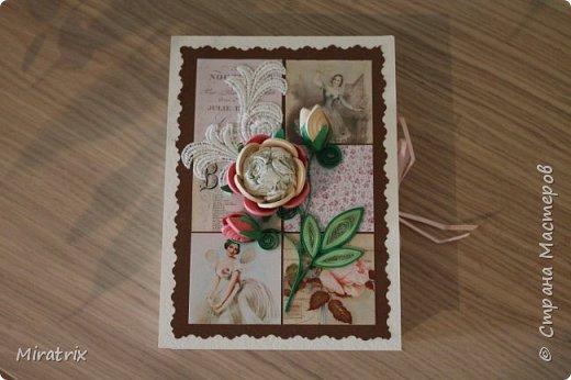 <em>Август 2018г</em> Коробочка с подарком для подруги. Внутри - книга и брелок-головоломка. фото 2