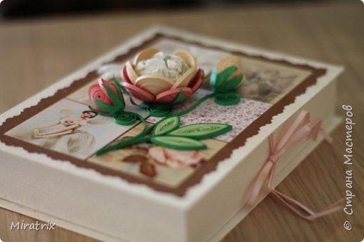 <em>Август 2018г</em> Коробочка с подарком для подруги. Внутри - книга и брелок-головоломка. фото 3