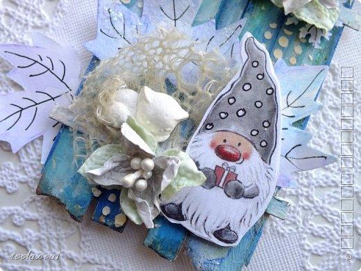 Здрасьте всем! Снова мои любимые гномики) из года в год они у меня появляются то в открытках,то в шоколадницах,теперь АТС...Детский сад,что тут скажешь еще???