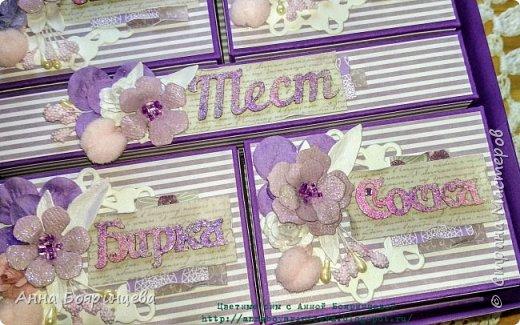 Всем привет!!! Сегодня покажу сокровища которые делала на заказ. Чип окрашен акриловыми красками и покрыт пудрой для эмбоссинга, цветочки покрыты глиттером, поэтому все переливается и блестит. фото 8