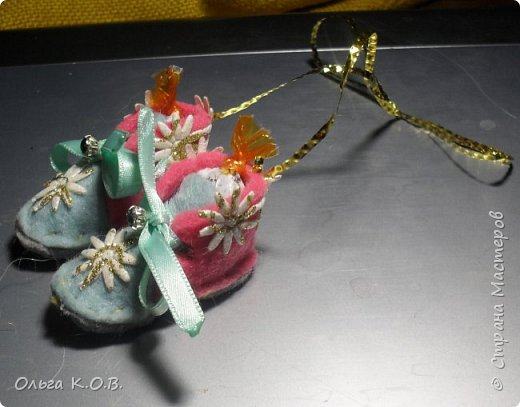 МИНИ- Обувь,варежки на елку фото 10