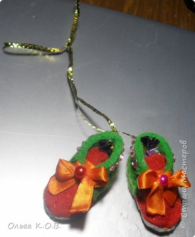 МИНИ- Обувь,варежки на елку фото 19