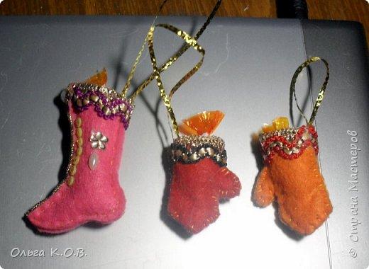 МИНИ- Обувь,варежки на елку фото 20