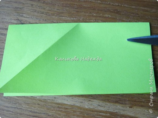 Думаю, такая открытка станет хорошим подарочком на Новый год: и украсит стол, и подскажет дни недели, и поможет найти нужный карандашик, и спрячет сзади секретики) фото 11