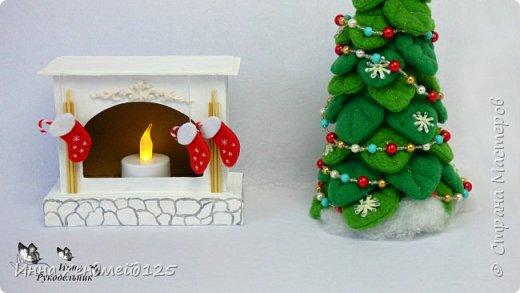 Сделала камин из картона для кукол. У меня давно уже новогоднее настроение, а у вас?  Материалы: Пивной картон, клей, грунт, фетр, флис, полимерная глина, нитки, акриловые краски, бумага. Изделие: Камин для кукол, кукольная мебель. Работа с картоном. Создаю разные вещи своими руками. Сейчас много работаю с кукольным миром. Делаю вещи для кукол. фото 2