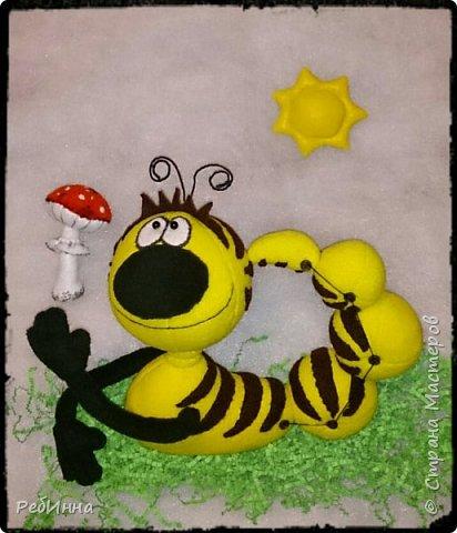 Здравствуйте! На дворе зима, а я к вам с гусеницей ;) Вообще-то я не люблю гусениц, червяков, слизней разных, но именно эту свою люблю всей душой! фото 7
