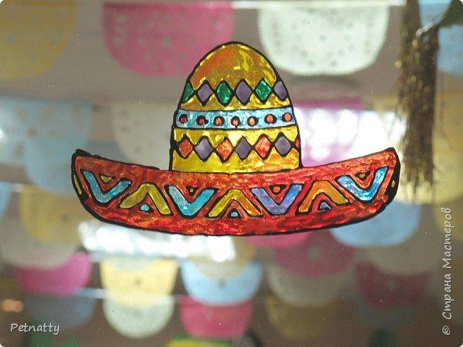 В этом году в школе темой новогодних украшений были разные страны. Помогла коллеге украсить класс в мексиканском стиле. фото 12