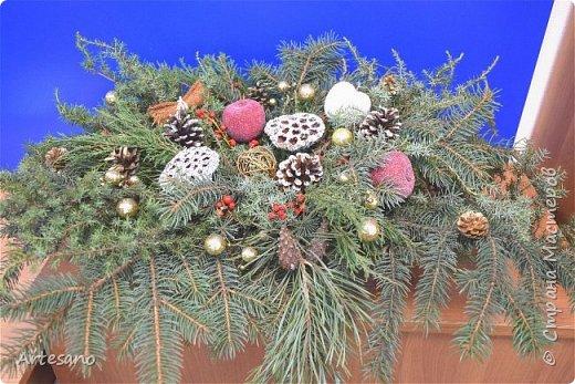 Новогодняя композиция под заказ из разного вида хвойных. фото 2