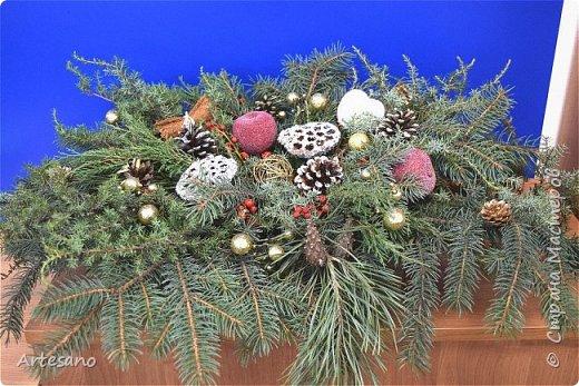 Новогодняя композиция под заказ из разного вида хвойных. фото 5
