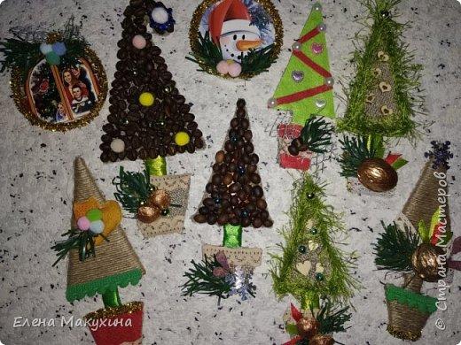 Здравствуйте, дорогие соседи! Заканчивается подготовка к празднику. Подарки подготовлены, многие уже подарены. Не исключение - эти магниты. Некоторые презентовала коллегам, кое-что родственникам, и конечно себе.