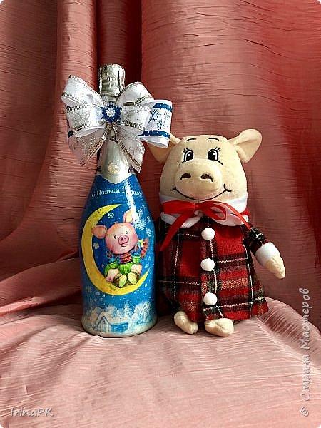 Сделала бутылки к Новому году Свиньи!!!
