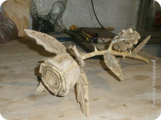 Здравствуй, Страна!  Представлю сегодня работы моего соседа, сделаны из дерева. Из инструментов он использует только бензопилу и болгарку. фото 27