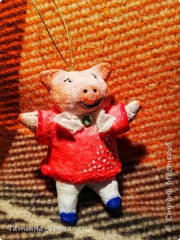 Всем привет! Сегодня хочу показать вам свои первые игрушки из ваты. Все делала по МК из инета. Делала и получала удовольствие)) Спасибо за МК !!!!!!! Первого сделала медведя по МК Елены Васько. фото 8
