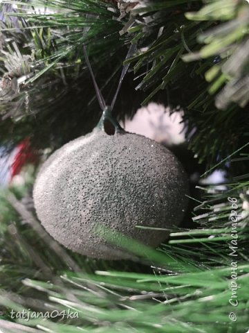 """Обожаю фотографировать """"детали"""",, детали праздников,детали в природе,маленькие радости,,,,, наслаждаюсь процессом ,,,,В этот раз обьектом сьёмки стал  магазин,в котором просто прогулялась,,рождественские венки,разнообразие гирлянд,это только маленькая малость,что попало в мой обьектив,,, фото 15"""