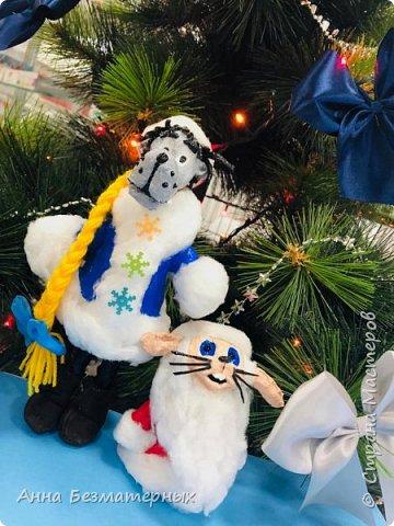 """Попросили сделать в школу волка и зайца из """"Ну погоди"""" в новогодних костюмах.Высота волка 22 см, заяц 10 см. фото 1"""